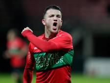 Wolters helpt NEC met twee goals voorbij Helmond Sport