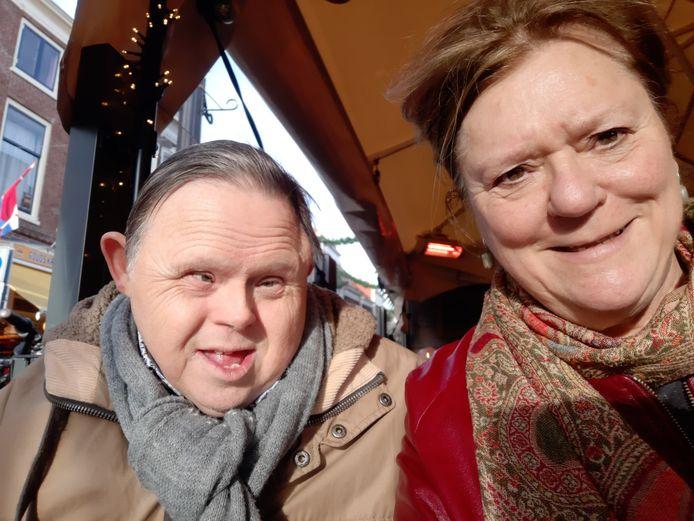 Broer en zus Grootaers in betere tijden.