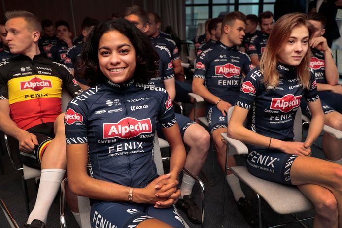 Ceylin del Carmen Alvarado bij de ploegpresentatie.