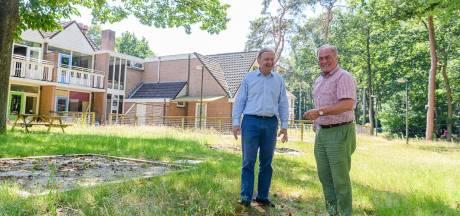 Bewoners balen van plan voor groot zorghotel in Den Dolder: 'Straks kijken we tegen een muur van 9 meter aan'