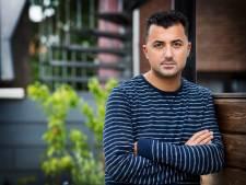 Özcan Akyol moest veel oefenen voor nieuw knip-programma: 'Ik had het onderschat'