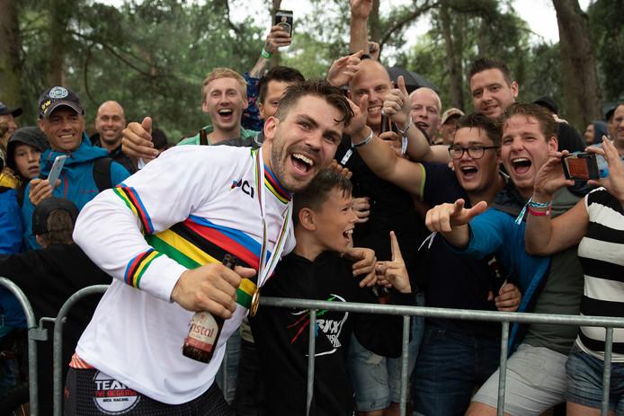 Twan van Gendt pakt de wereldtitel BMX.