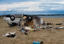 Een auto heeft de storm niet overleefd in het kustplaatsje Sozopoli.
