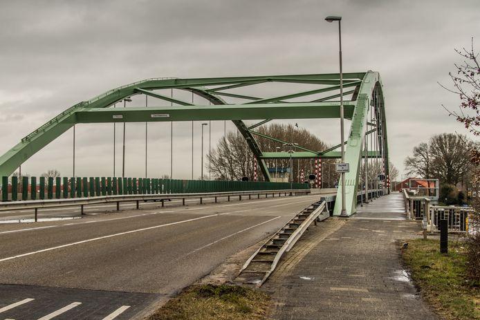 Tijdens groot onderhoud krijgt de brug een geluidsscherm