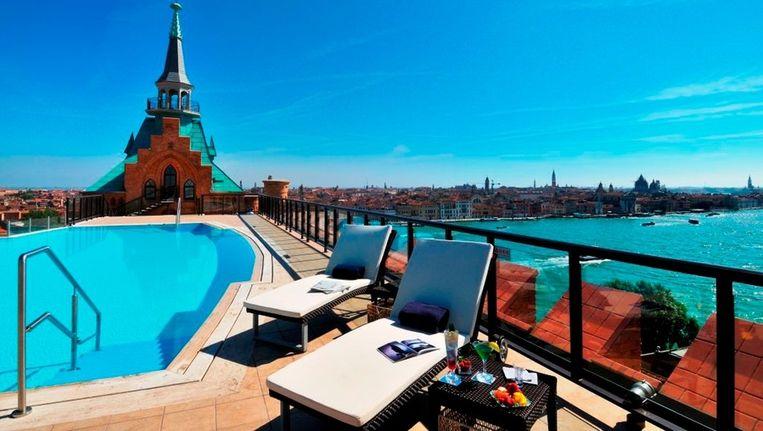 Het is genieten geblazen vanuit het dakzwembad van het Hilton hotel in Venetië