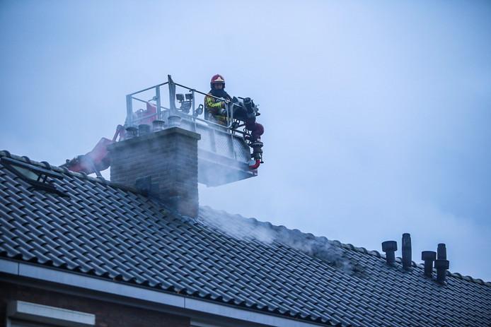 Man aangehouden bij woningbrand in Helmond