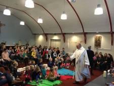 Kerkbezoek loopt terug , maar voor jongeren is de Pancratius in Geesteren te klein
