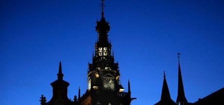 Mariken van Nieumeghen 'valt' van de Stevenstoren