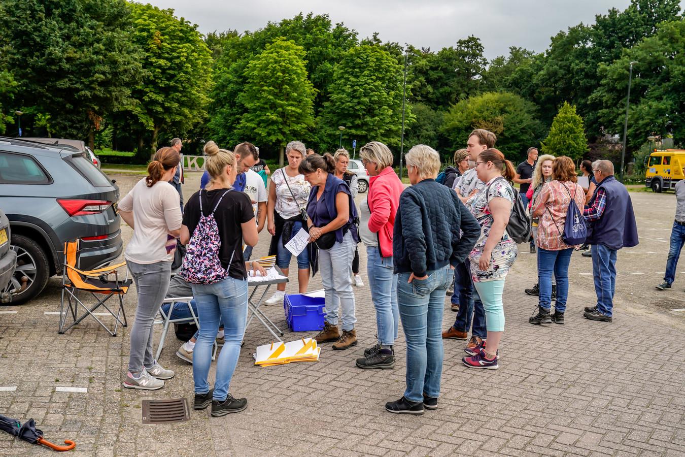 Het Veteranen Search Team zocht in juli van dit jaar  met zeker tachtig mensen naar de vermiste Bert de Laat (69) uit Made.