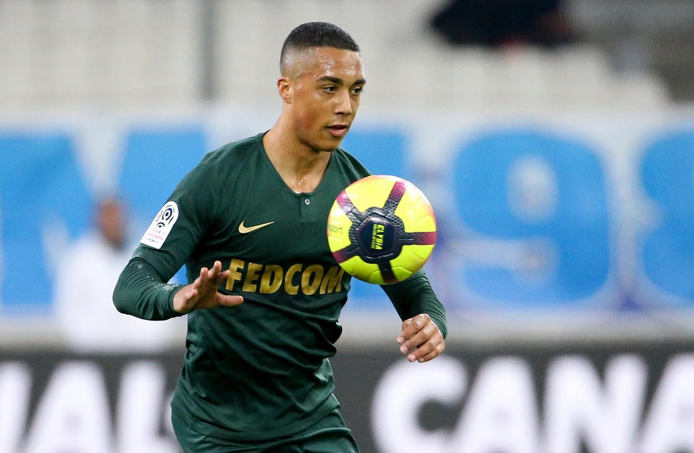 Heerenveen En Johnsen Zijn Rond, Bruma Gelinkt Aan Schalke