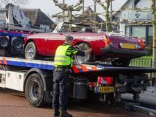 Dure auto's in beslag genomen bij fraudezaak in Zutphen en Lelystad