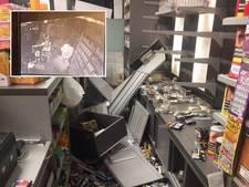 Snelkrakers roven tabak en laten enorme bende achter in Westervoortse winkel