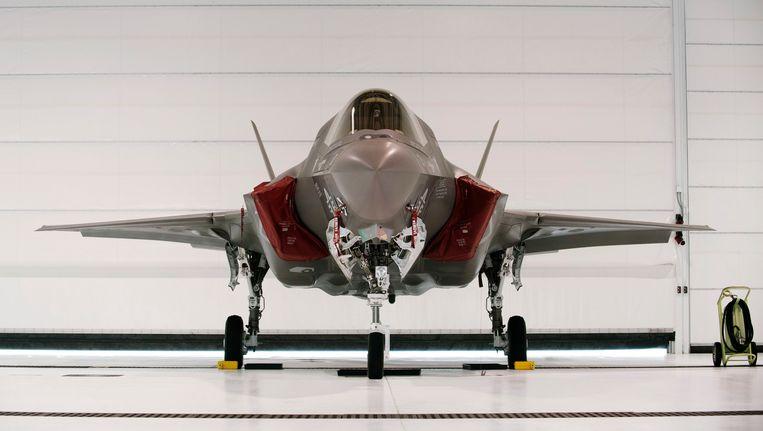 De F-35B, een prototype van de Joint Strike Fighter dat rechtstandig kan opstijgen en dalen. Beeld REUTERS