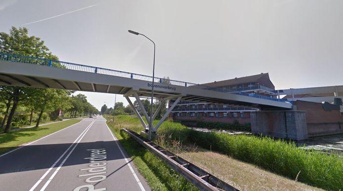 De Bovenoverbrug in Lelystad, waaronder het slachtoffer is gevonden na een vechtpartij en een duw.