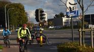 Panda van Jeroom maant fietsers aan om fluohesje te dragen