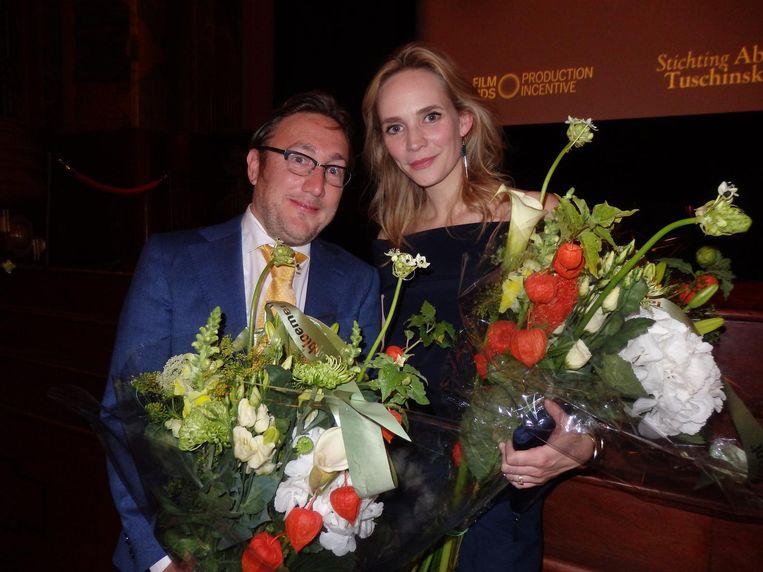 Regisseur Albert Jan van Rees: 'Het waren onvergetelijk leuke maanden.' Met actrice Bracha van Doesburgh Beeld Hans van der Beek