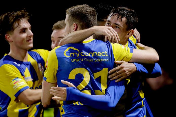 TOP Oss wint de uitwedstrijd tegen Jong FC Utrecht met 1-2.
