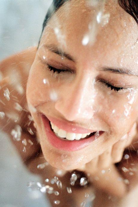 Cette partie du corps qu'on oublie de laver est pleine de bactéries