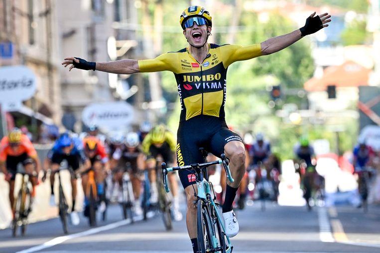 Wout Van Aert won zaterdag Milaan-San Remo.
