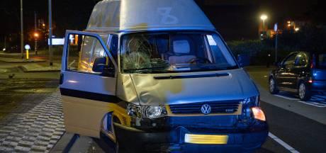 Voetganger aangereden in Tilburg, slachtoffer zwaargewond