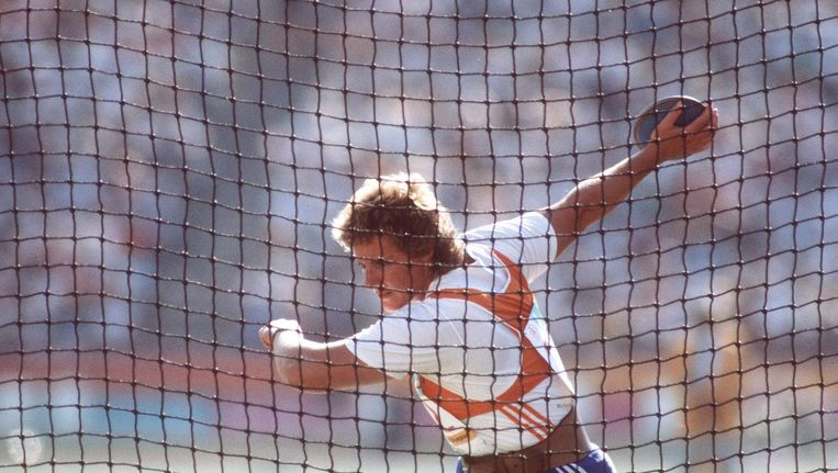Ria Stalman, hier tijdens haar gouden wedstrijd in 1984. Beeld Anp