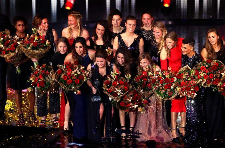 De Europese titel in eigen land heeft het Nederlands vrouwenvoetbalteam de verkiezing tot Sportploeg van het Jaar opgeleverd. Beeld anp