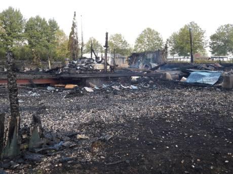 Opnieuw gaat chaletwoning in Kesteren in vlammen op