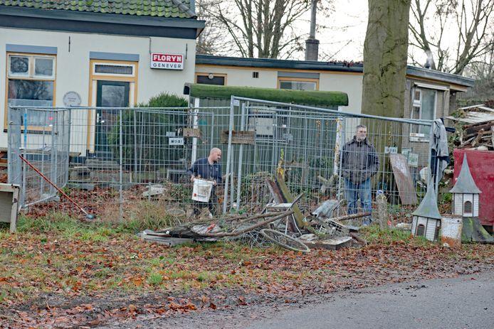 Niets is overgebleven van het voormalig koffie- en theehuisje aan de Rijksstraatweg tussen Voorst en Empe.