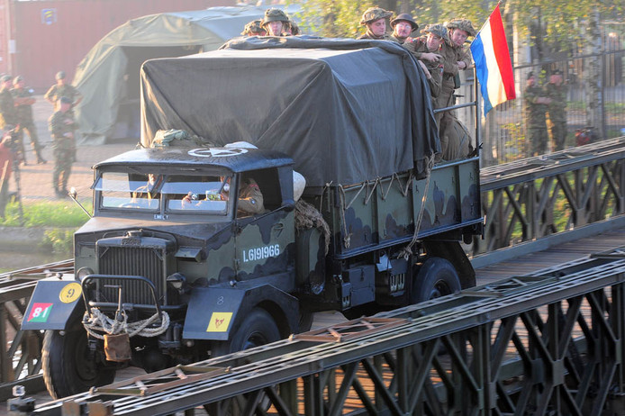 Volgend jaar september, 75 jaar na Market Garden, trekt een grote colonne Britse militaire voertuigen via Valkenswaard richting Nijmegen en Arnhem.