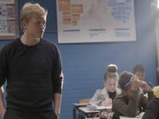 BN'ers staan 100 dagen voor de klas in Lelystad: 'Veel respect gekregen voor leraren'