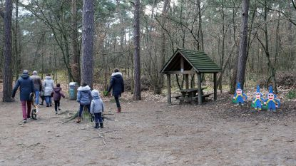 Man grijpt kind aan Kabouterbos
