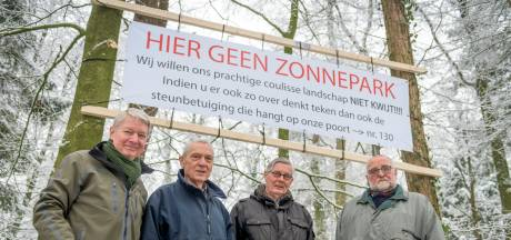 Honderden inwoners keren zich tegen zonnevelden in Enschede