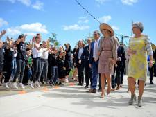 Koningin Máxima straalt in Performance Factory Enschede
