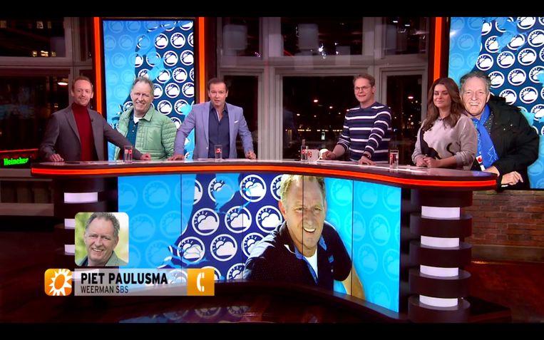 Een alert en hongerig 'RTL Boulevard' over Piet Paulusma. Beeld RTL