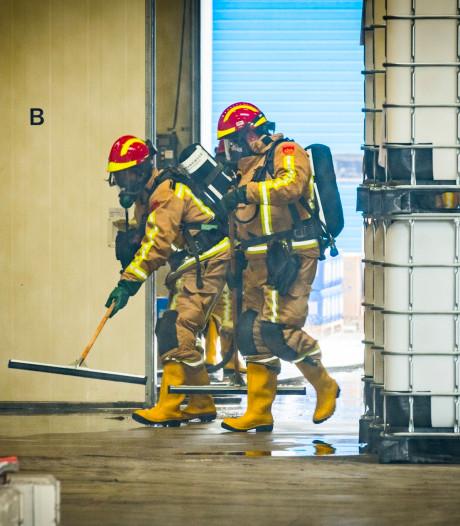 Bedrijf in Lieshout ontruimd na omvallen vat met 1000 liter waterstofperoxide