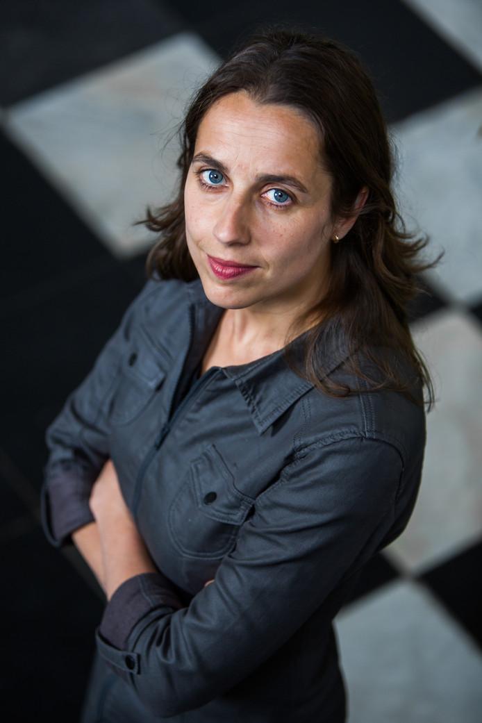 Ellen Giepmans, de directrice van de Stichting Fiom, vertelt over de DNA-databank voor donoren en donorkinderen en over de recente ontwikkelingen in de zaak Jan Karbaat.