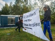 Gemeente krijgt caravans op woonwagenkamp in Heesch niet weg