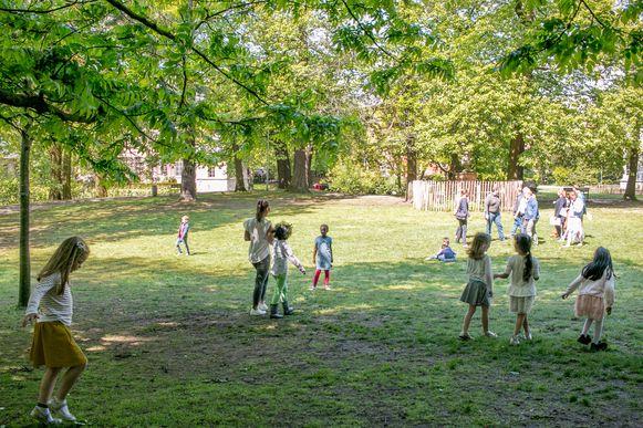 """Het stadspark in Sint-Niklaas. De meerderheid wil deze bestuursperiode """"de grootste bosaanplant ooit in Sint-Niklaas"""" realiseren."""