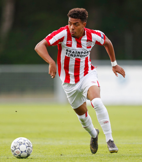 Donyell Malen krijgt nummer 9 bij PSV