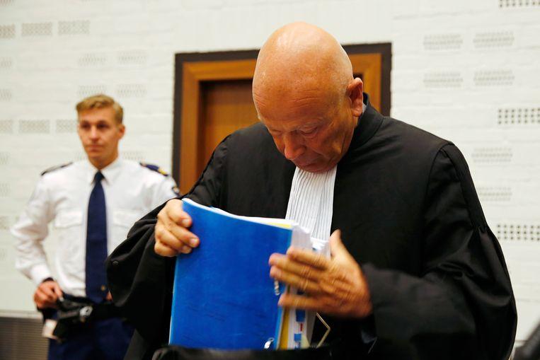 Advocaat van Maher H. Peter Plasman komt aan in de rechtbank. Beeld anp