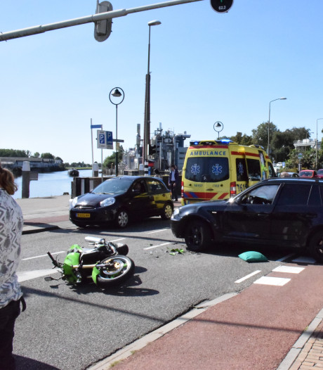 Motorrijder gewond na ongeval in Gouda
