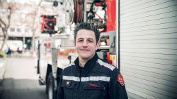 """Een half jaar na de brand die twee collega's het leven kostte en waar Arno zelf zwaargewond in raakte: """"Brandweerman blijft het mooiste beroep ter wereld"""""""