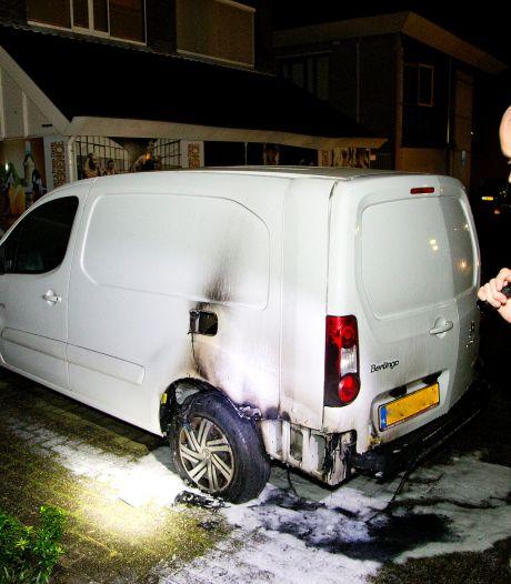Opnieuw autobrand in Dordrecht
