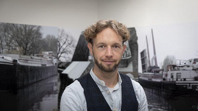 Rik Pape, evenementenorganisator uit Vriezenveen, die de (voorlopige) switch heeft gemaakt naar het onderwijs wegens corona.