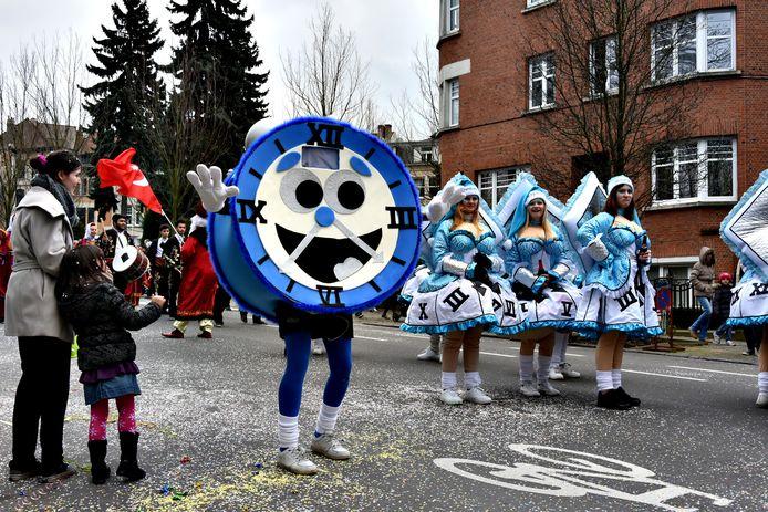 Enkele van de kleurrijke outfits die de Schaarbeekse straten opfleurden.