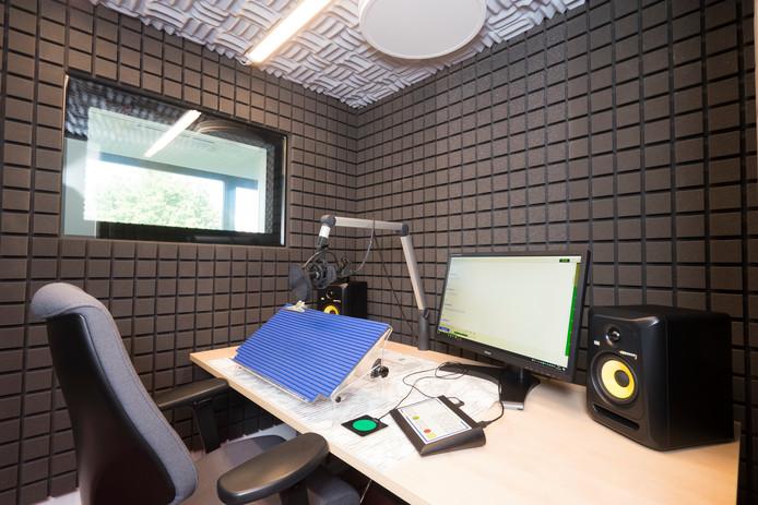 De  nieuwe studio van de Christelijke Bibliotheek voor Blinden en Slechtzienden in Ermelo.