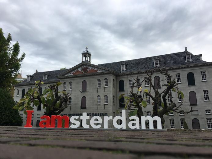 De I Amsterdam-letters voor het Scheepvaartmuseum.