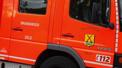 Werknemers blussen zelf brandende laspost, brandweer komt enkel verluchten