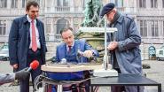 Bart De Wever krijgt lesje diamantslijpen op Grote Markt