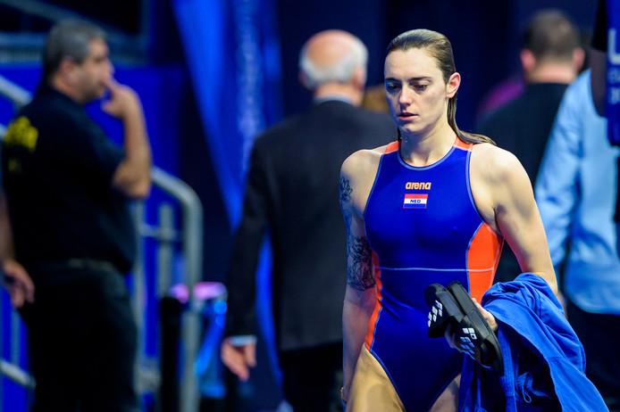 Sabrina van der Sloot druipt af na de verloren halve finale tegen Rusland.